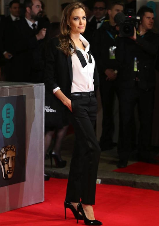 BAFTA Awards (februarie 2014) – tinuta Saint Laurent