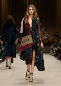 Burberry-Prorsum-Womenswear-Autumn_Winter-2014 0