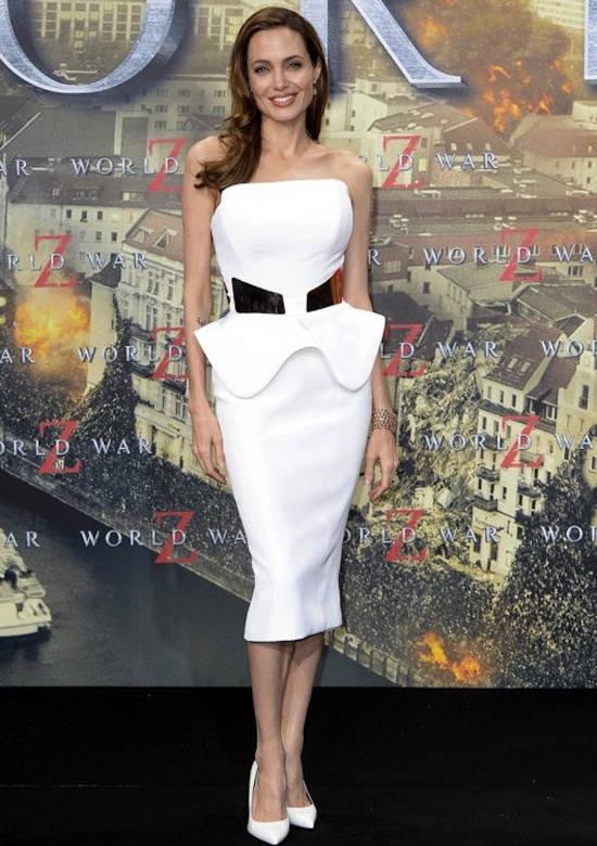 "Premiera din Berlin a filmului ""World War Z"" (iunie 2013) – rochie Ralph & Russo"