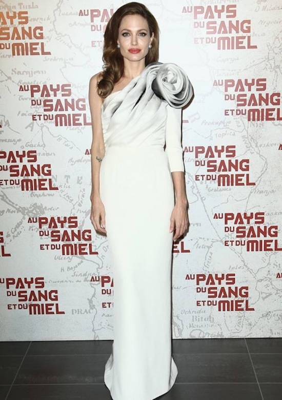 "Premiera din Paris a filmului ""In The Land Of Blood and Honey"" (februarie 2012) – rochie Ralph & Russo Couture"
