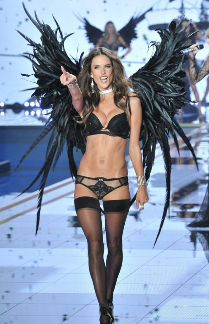 Victoria's Secret Fashion Show - alessandra-ambrosio