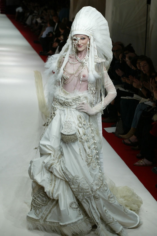 Gaultier Paris (2002)