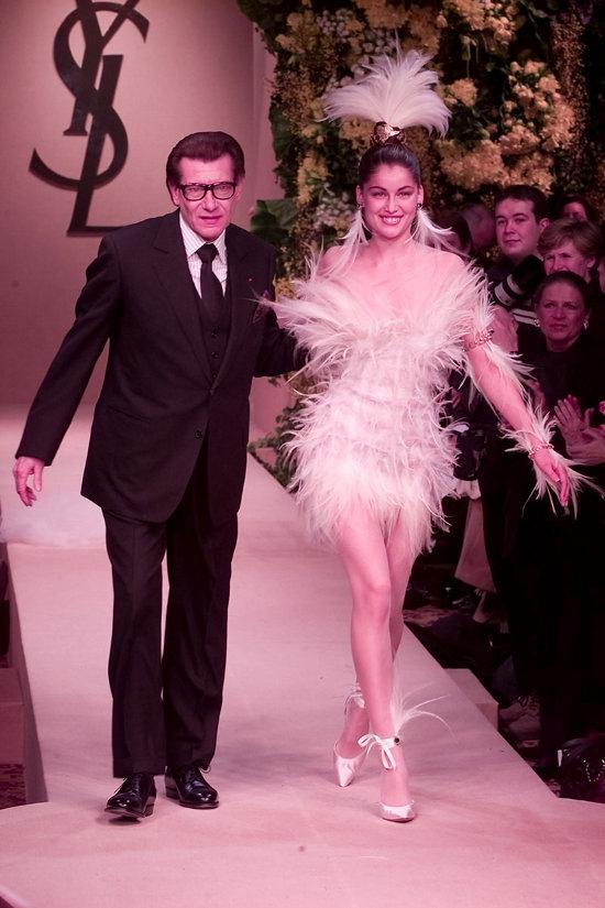 Yves Saint Laurent Haute Couture (2000)