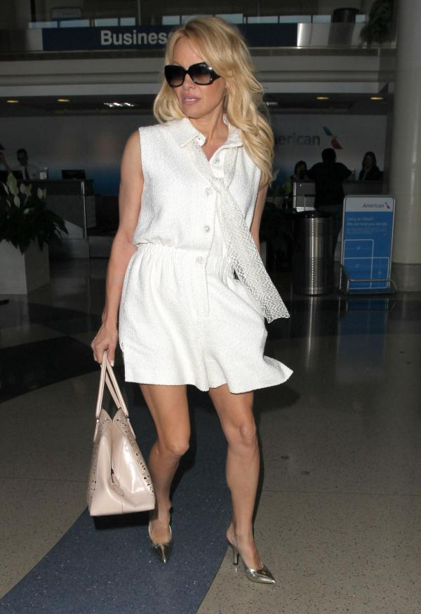 Style Icon - Pamela Anderson