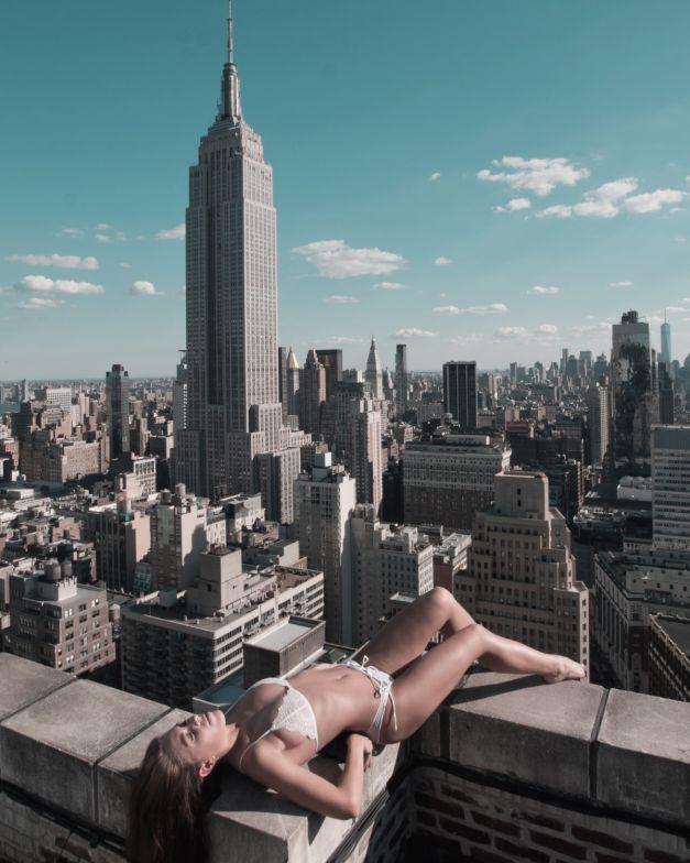 """""""Frumuseţea şi New York"""" – moda la inaltime 2"""