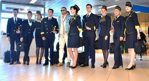Catalin Botezatu a lansat noile uniforme TAROM