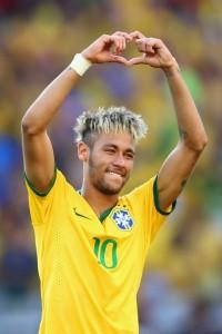 Neymar da Silva Santos Júnior, Fotbal, Brazilia