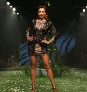 Iulia Vantur vedeta la Saptamana Modei de la Mumbai 4