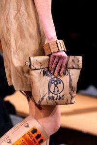 Showul Moschino – o prezentare de moda ciudata 13