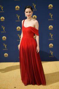 Rachel Brosnahan rochie Oscar de la Renta