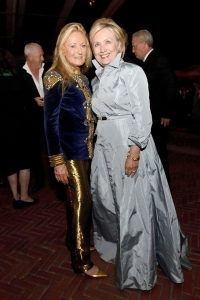 Ricky Lauren si Hilary Clinton