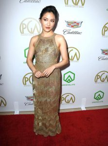 Constance Wu in rochie J. Mendel